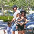 Une famille comme les autres, sauf que leur baby-sitter n'est autre que... Justin Bieber.