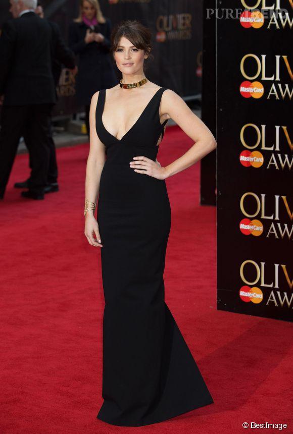 Gemma Arterton, belle à tomber dans sa robe noire Dsquared².