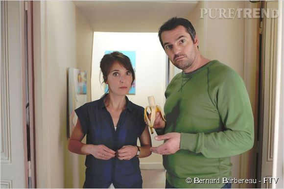 """Alix Poisson brille aussi dans le registre de la comédie, comme dans """"Parents mode d'emploi"""", sur  France 2 , aux côtés d'Arnaud Ducret."""