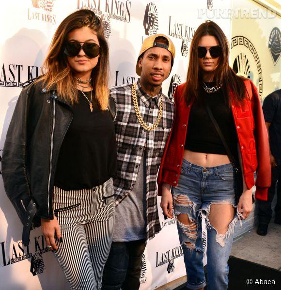 Tyga ne quitte jamais les soeurs Jenner bien longtemps.