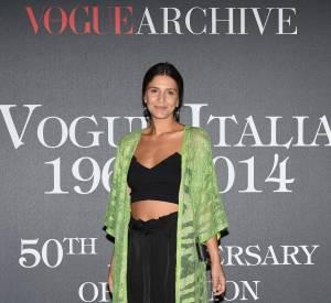 Margherita Missoni a une tocade mode : le cropped top et même brassière. Un haut qu'elle assume à merveille.
