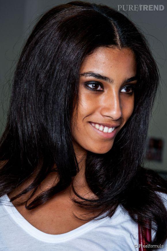 En fonction de la nature de ses cheveux, il faut trouver la fréquence de lavage qui convient.  Les cheveux crépus, épais et/ou secs peuvent n'être lavés qu'une fois par semaine.