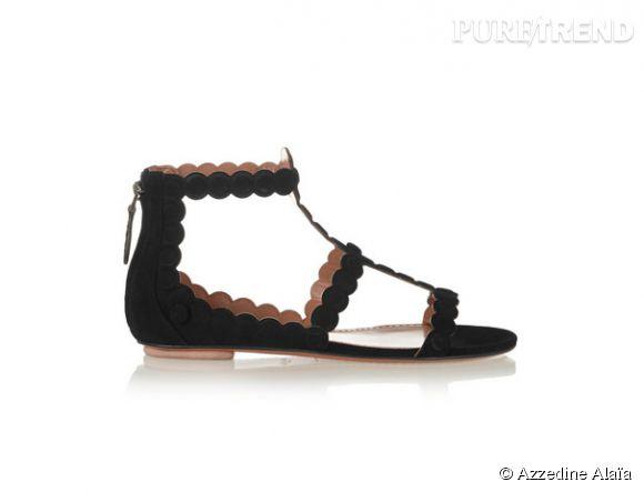 Sandales plates Azzedine Alaïa, 960€.