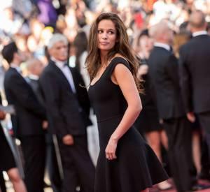 """Lucie Lucas était à Cannes ce dimanche 17 mai 2015 pour la projection du film """"Carol"""" et avait misé sur une jolie petite robe noire."""