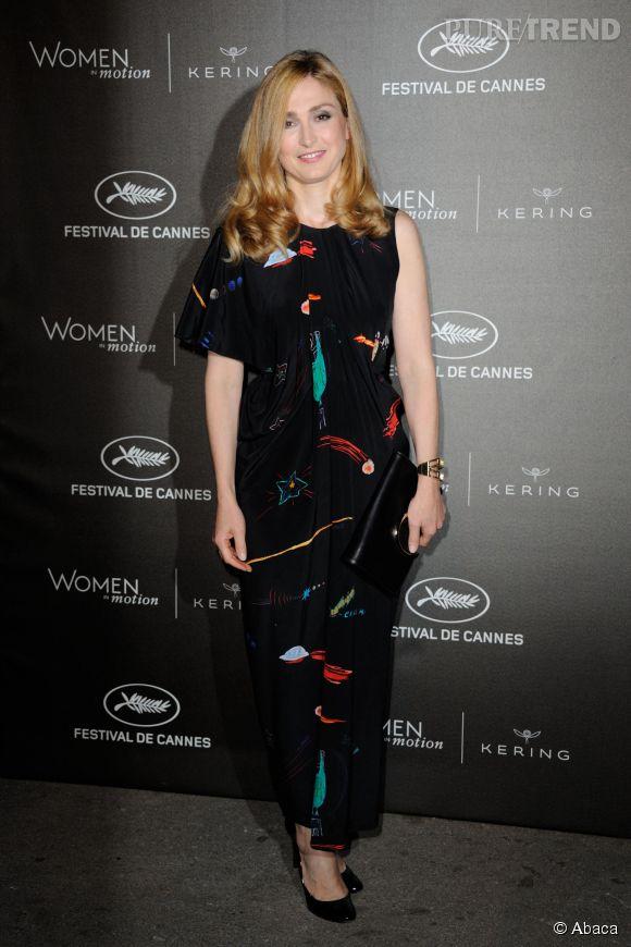 """Julie Gayet à la soirée des """"Women in motion"""" ce dimanche 17 mai 2015, à Cannes."""