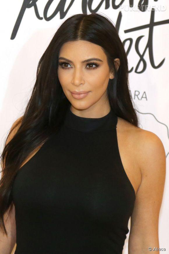 kim kardashian elle se moque de la taille de kourtney