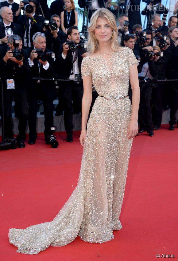 """Mélanie Laurent, à couper le souffle, dans une robe  Zuhair Murad Couture. L'actrice arborait également des boucles d'oreilles de la collection """"Lumières d'eau"""" de Chaumet."""