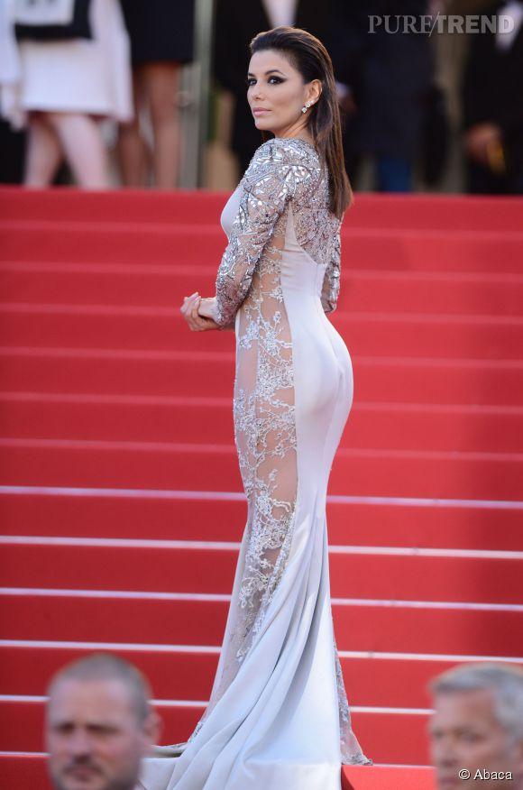 Eva Longoria majestueuse et terriblement sexy pour cette montée des marches jour 6.