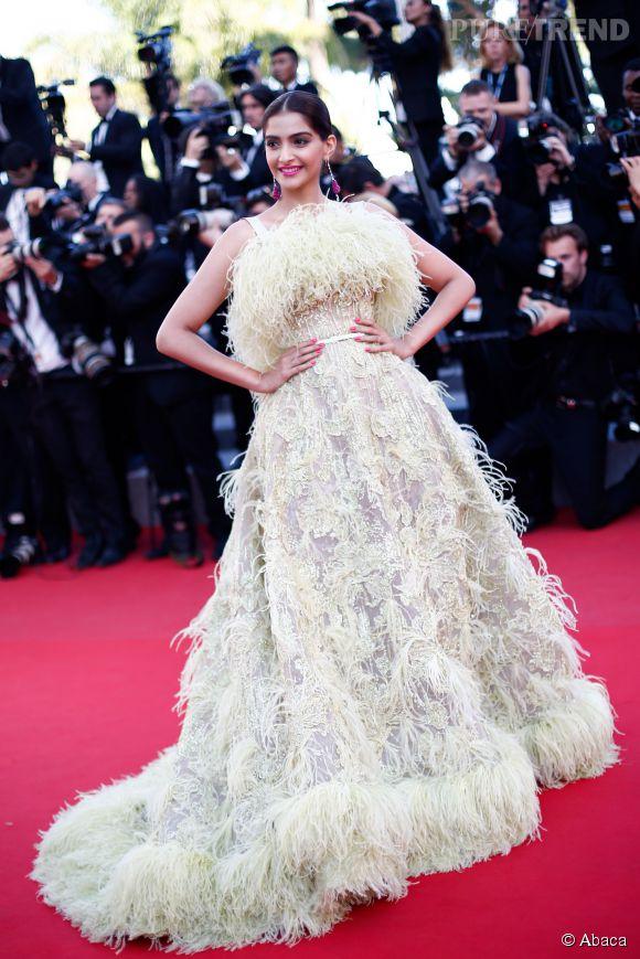 Sonam Kapoor était, elle, sublime dans une robe Elie Saab Couture extravagante.