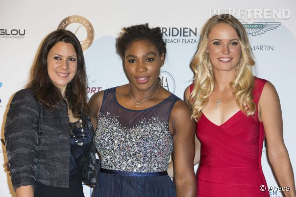 Serena Williams prend la pose avec Marion Bartoli et Carolina Wozniacki au gala Game-Set-Match Gala de la Champ'Seed Foundation le 19 mai 2015 à Monte-Carlo.
