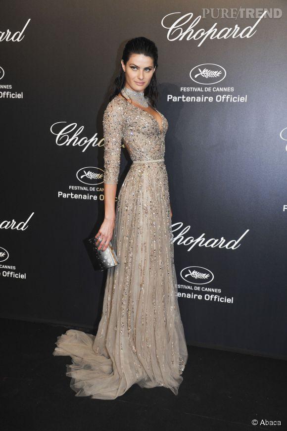 Isabeli Fontana, sublime en Elie Saab. Une égérie L'Oréal Paris au top.