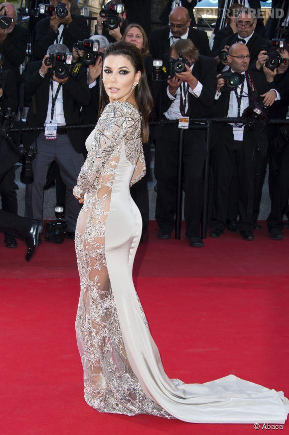 Eva Longoria fête ses dix ans de collaboration avec L'Oréal Paris.
