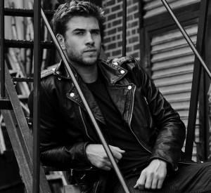 Liam Hemsworth est le nouveau visage du parfum Only The Brave de Diesel.