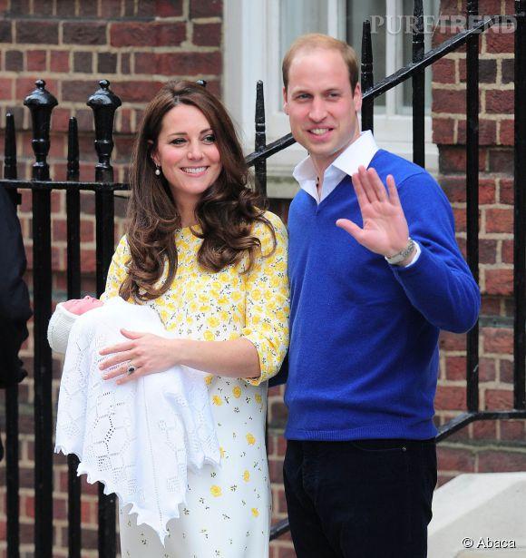 Kate Middleton radieuse quelques heures seulement après l'accouchement de Charlotte.