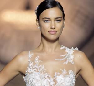 Mariage : Transparence et dentelle, les nouvelles robes de mariée de Pronovias