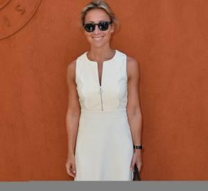 Anne-Sophie Lapix, belle en blanc à Roland Garros samedi 6 juin 2015.