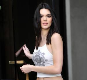 Kendall Jenner : faussement sage, elle montre sa culotte et cache son téton