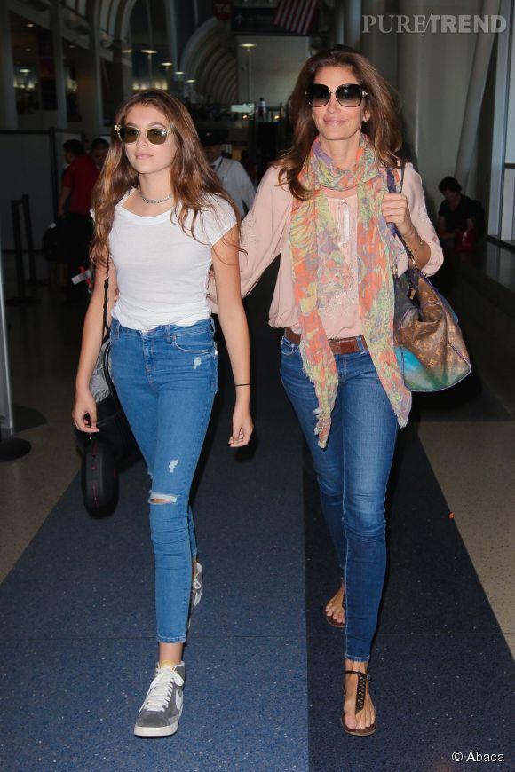 La mère et la fille s'habillent pareil... Kaia devrait tout de même se souvenir qu'elle n'a que 13 ans !