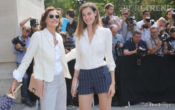 Inès de la Fressange et sa fille Nine d'Urso assistaient aujourd'hui au défilé Chanel.