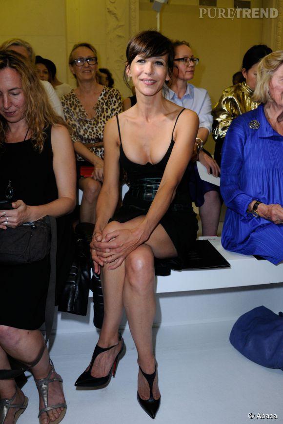 L'actrice de 48 ans est plus ravissante que jamais.