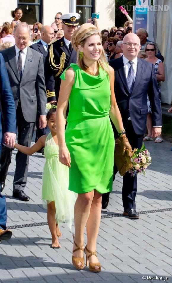 Maxima des Pays-Bas, superbe en robe vert flashy.