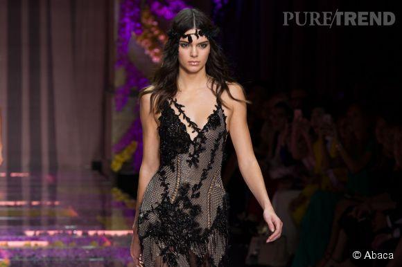 Kendall Jenner se dénude pour la nouvelle campagne Calvin Klein.