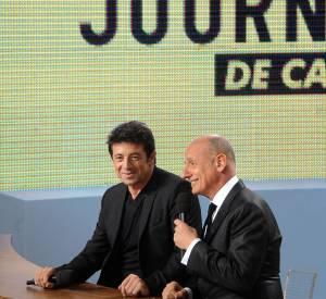 """Après neuf années de présence sur le """"Grand Journal"""" de Canal+, Jean-Michel Apathie, ici à côté de Patrick Bruel, touchait 15 000 euros par mois."""