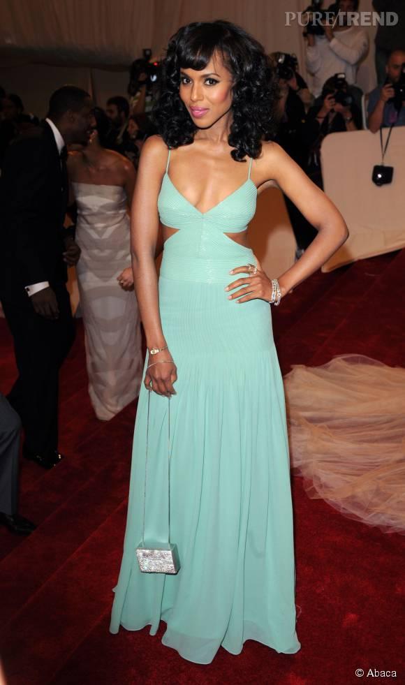 Kerry Washington avait un goût prononcé pour les robes au décolleté très échancré en 2011.