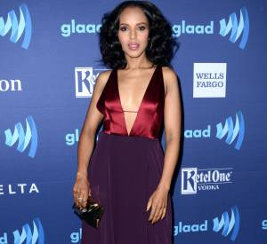 Kerry Washington arborait un décolleté affolant aux GLAAD Media Awards, en mars 2015.