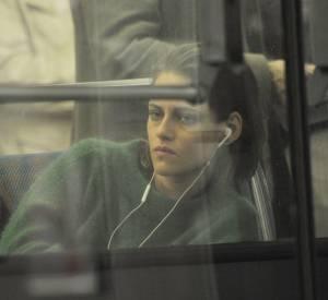 Kristen Stewart prend le métro parisien.