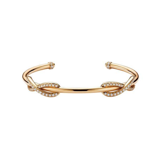 "Tiffany & Co. Jonc ""Infinity"" en or jaune et diamants, prix sur demande."