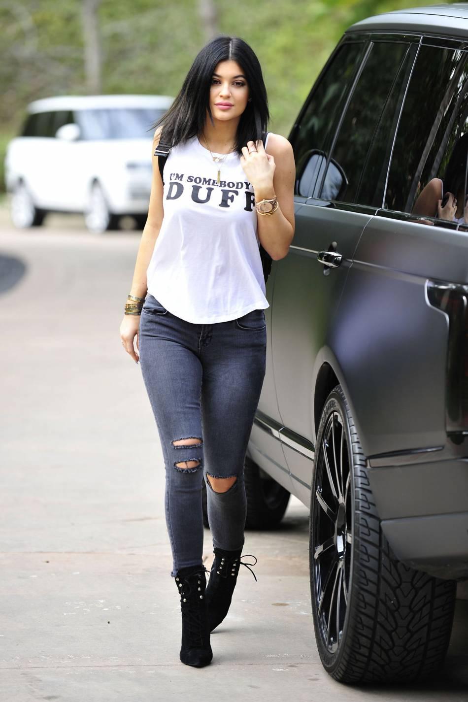 Turbo Kylie Jenner, starlette de téléréalité, femme d'affaires et cover  RY77