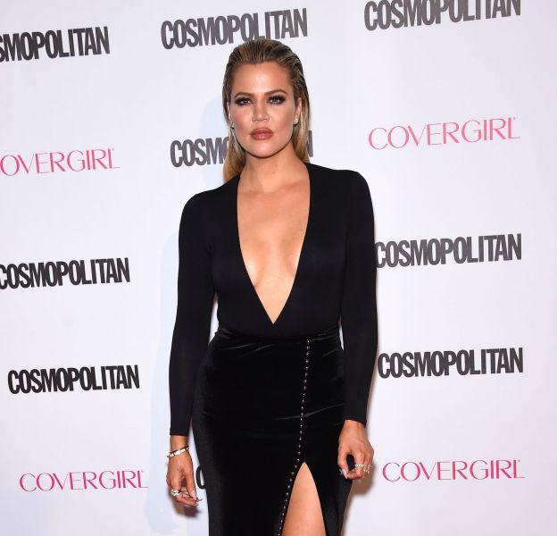 Khloe Kardashian, toujours plus sexy avec ce décolleté de folie.