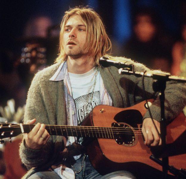 """Kurt Cobain sur le plateau de l'émission """"MTV Unplugged"""" en novembre 1993."""
