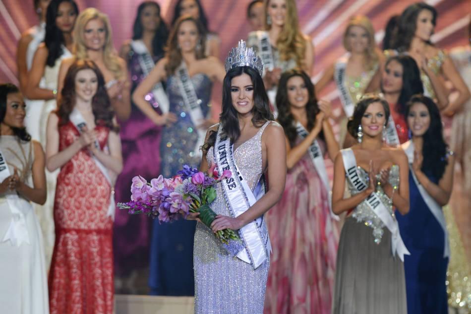 Camille Cerf a déjà participé à Miss Univers 2014. Aujourd'hui, Flora Coquerel tente sa chance !