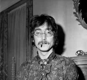 John Lennon : un bout de ses cheveux vendu à 35 000 dollars.