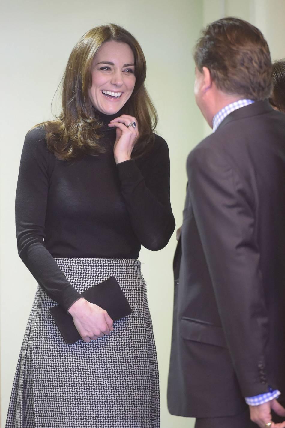 Kate charme tout le monde sur son passage.