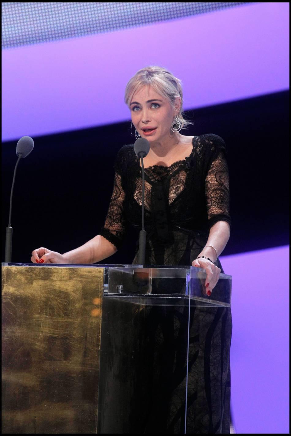 Emmanuelle Béart à la cérémonie des César en 2011.