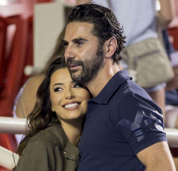Eva Longoria et son fiancé Jose Antonio Baston au tournoi de tennis d'Acapulco au Mexique.