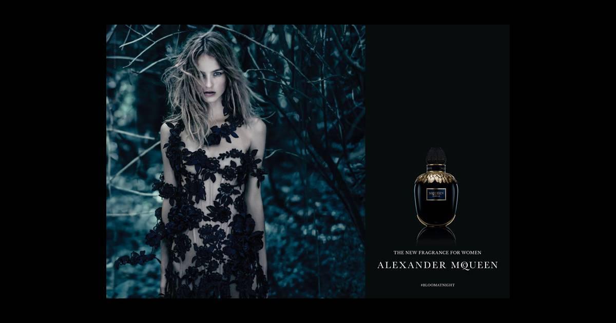 Fleurs Noir Et ParfumL'alliance Des Mcqueen Romantisme Du 3ARjq5L4
