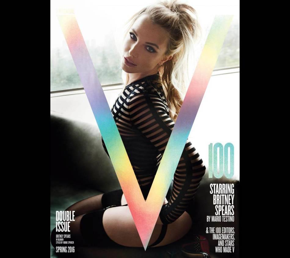 Britney Spears, méconnaissable et bombesque en une de  V.
