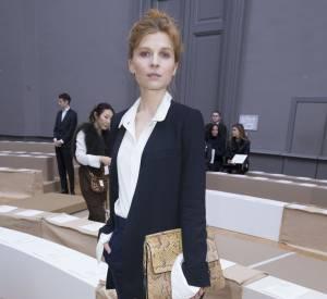 La jeune femme a assisté au défilé Automne-Hiver 2016/2017 au Grand Palais.