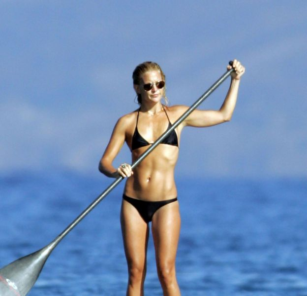 Kate Hudson, une vraie accro au sport (et ça se voit).