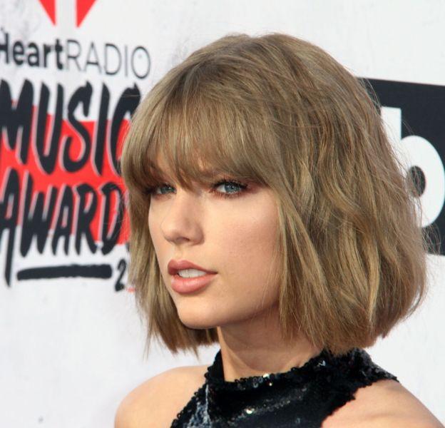Taylor Swift a partagé une nouvelle vidéo promotionnelle pour la marque Apple sur son compte Instagram.