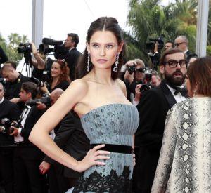Bianca Balti opte pour une robe Alberta Ferretti très princesse.