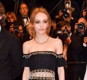 Cannes 2016 : Lily-Rose Depp, magnétique pour sa première montée des marches