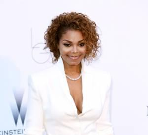 Janet Jackson mise une nouvelle fois sur du blanc, toujours pour l'amfAR et la lutte contre le Sida, en 2013.