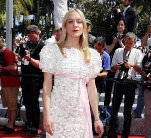 """Chloë Sevigny faisait une déclaration d'amour à Chanel et sa collection Métiers d'Art 2016 pour la première de """"Paterson""""."""