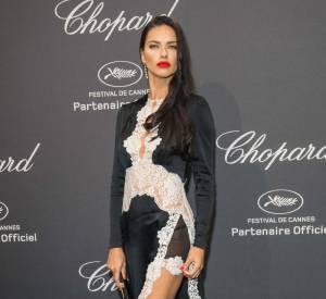 Adriana Lima à la soirée Chopard le 16 mai 2016 à Cannes.