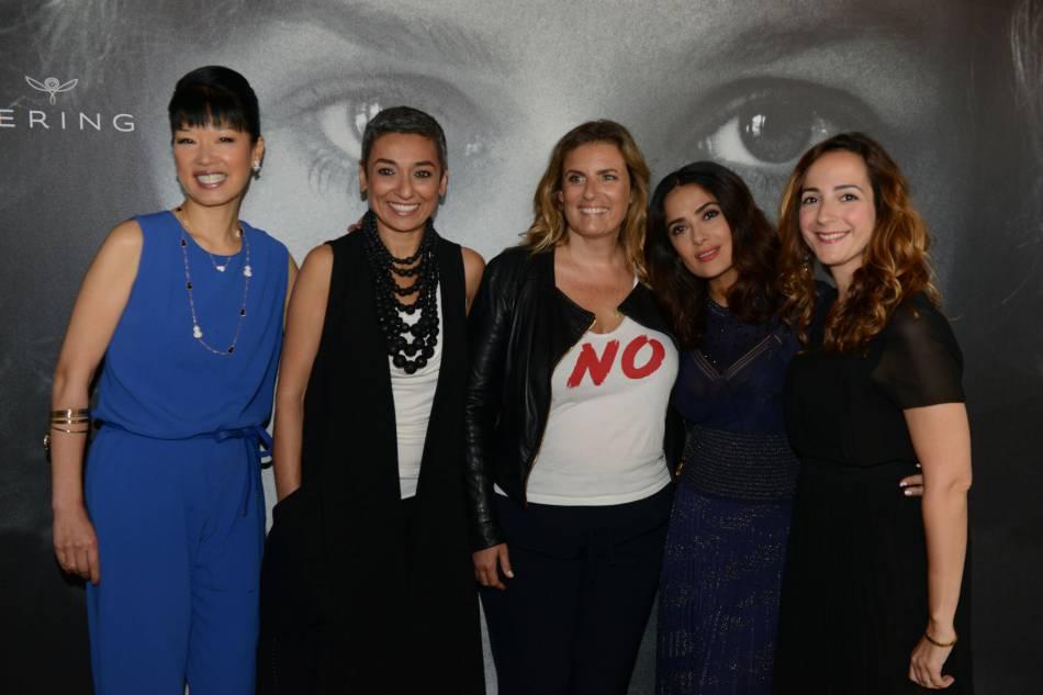 Salma Hayek entourée de quelques célébrités au dîner organisé par la marque Kering.
